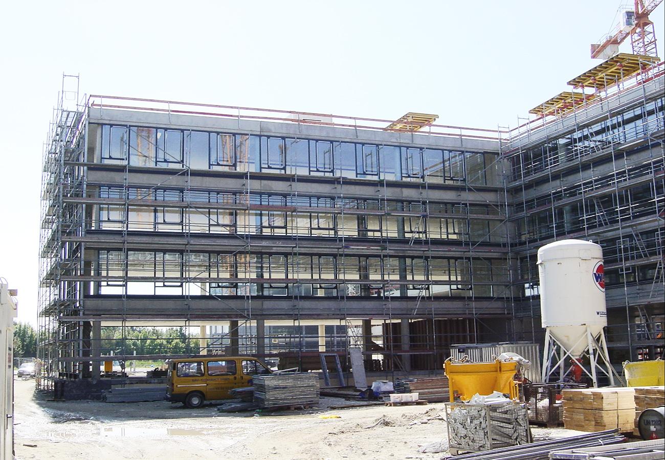 Neubau eines Bürokomplexes der Daimler Chrysler AG in München Allach - Werk- und Detailplanung