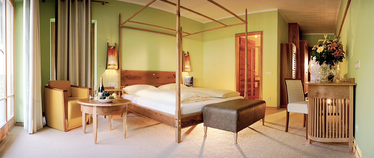 Hotel Edelweiss, Meran - guest rooms made from apple tree wood